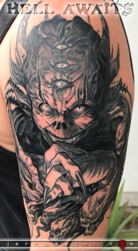 Tatuaggio demone. Jerry Magni. La Decima Arte. Bergamo